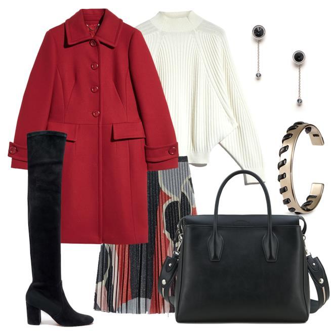 Maglione e gonna a ruota con cappotto rosso
