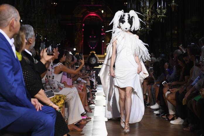 Schiaparelli Couture  in una sfilata