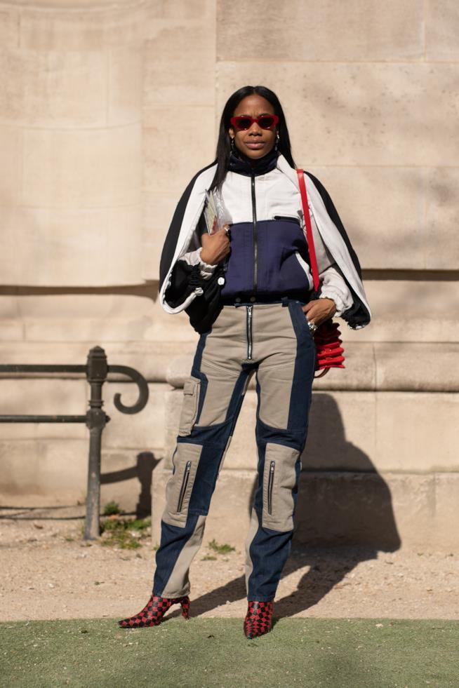 Stivali rossi Parigi Streetstyle 2019