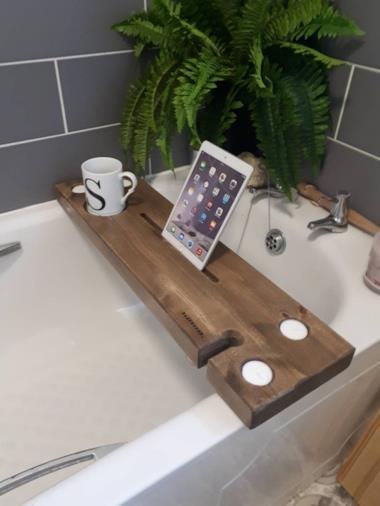 Supporto tablet per vasca da bagno