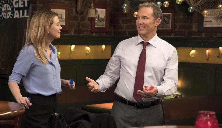 Meredith e David nel bar di Joe in una scena di Grey's Anatomy 14x22