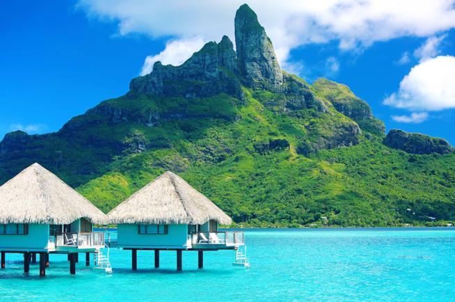Resort e monte Otemanu a Bora Bora
