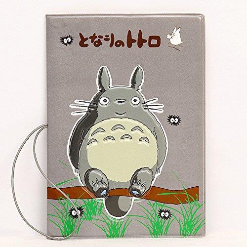 Il porta passaporto con Totoro