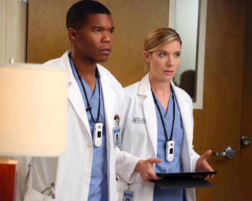 Shane e Leah in una scena di Grey's Anatomy 9