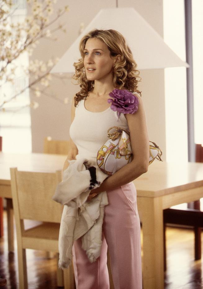 Carrie Bradshaw out fit fiori Sex And The City
