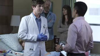 Shaun e Melendez in un'immagine da The Good Doctor