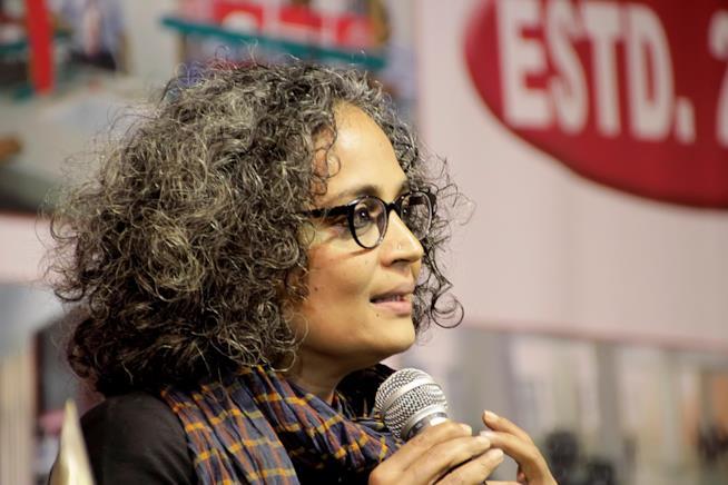 Arundhati Roy, Il Dio delle Piccole Cose