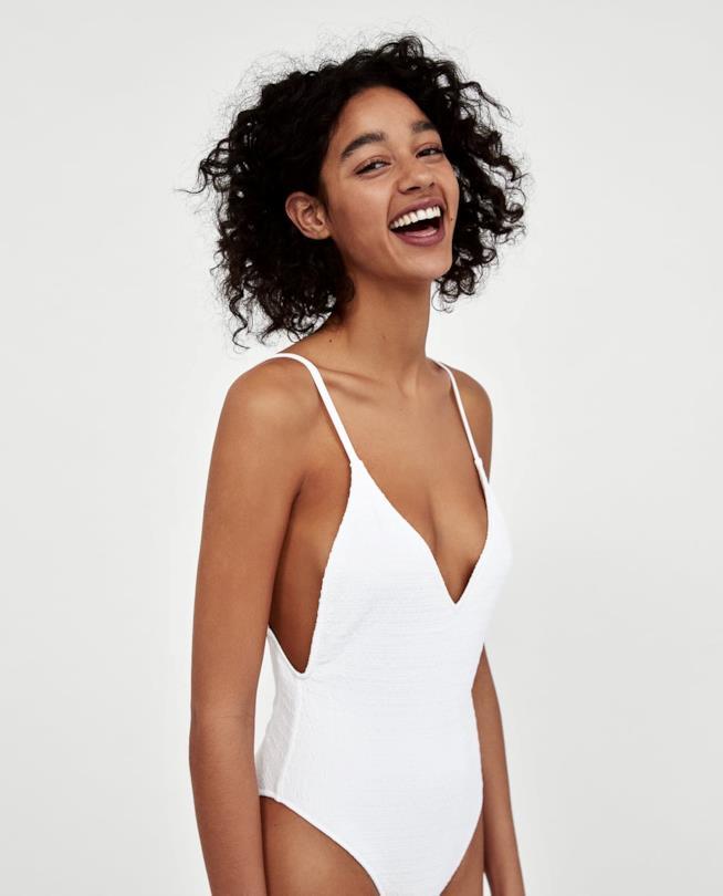Costume bianco intero Zara collezione 2018
