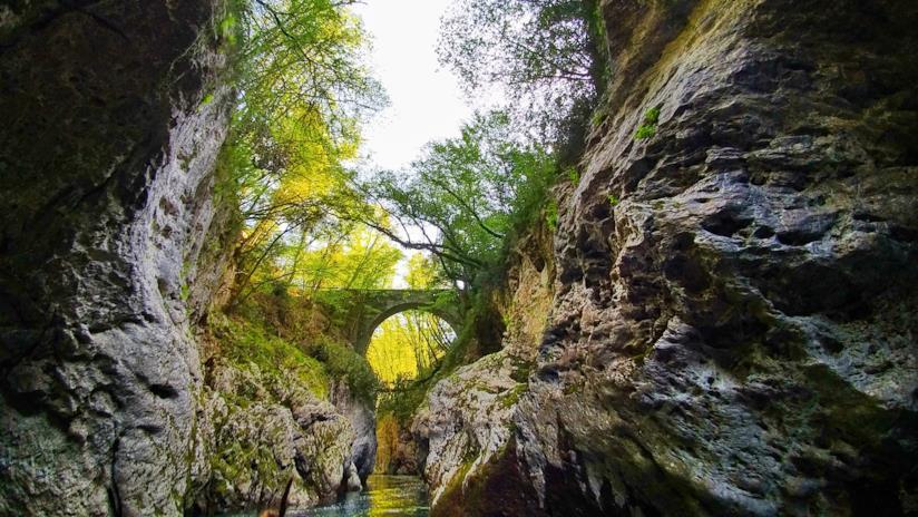 Il suggestivo canyon della Garfagnana, in Toscana
