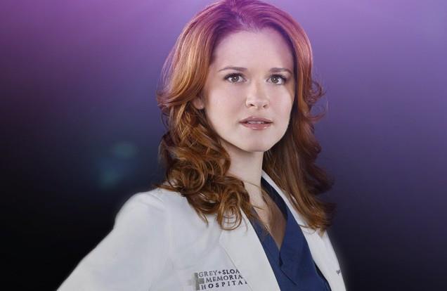 Sarah Drew interpreta April Kepner