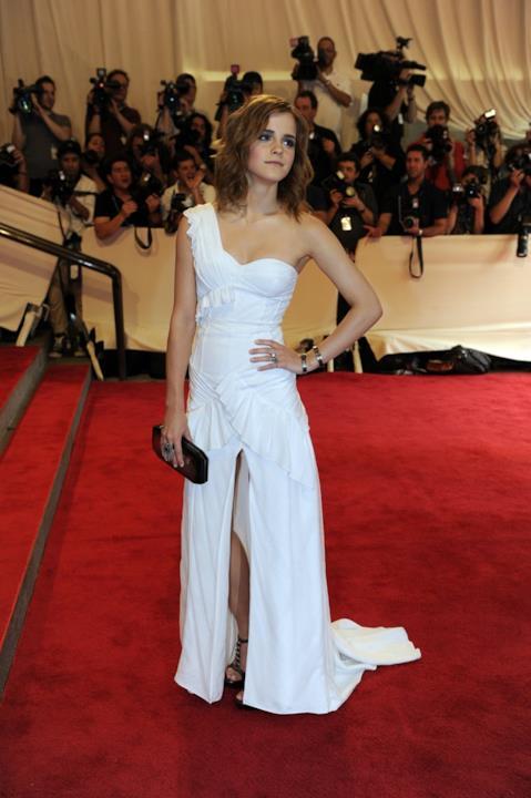 Spacco profondo per la giovane Emma Watson