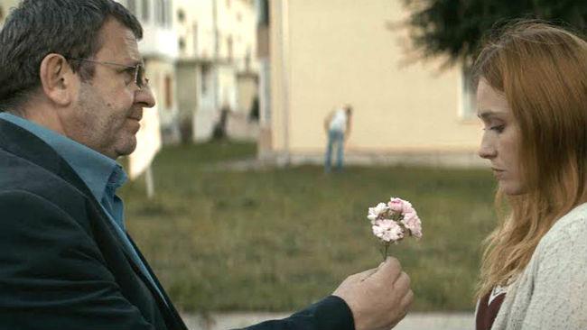 Una scena del film Un padre e una figlia di Cristian Mungiu