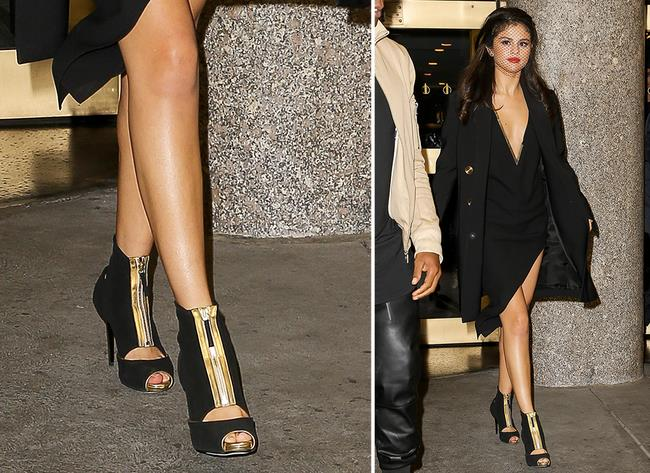 Selena Gomez con stivaletti con tacco