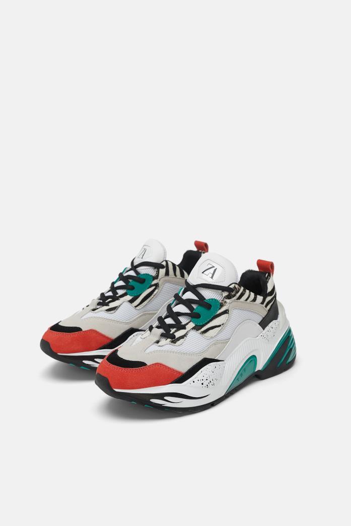 Sneakers Zara con maxi suola e stampa animalier