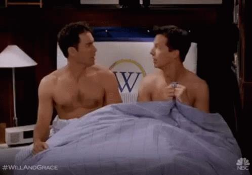 Sean Hayes ed Eric McCormack in un episodio di Will & Grace