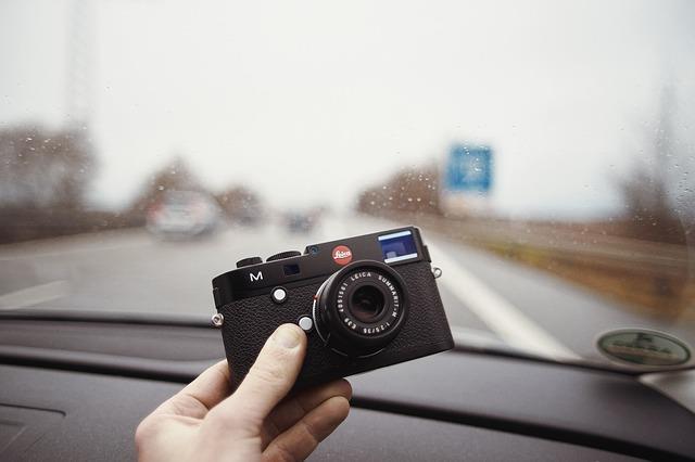 migliori-macchine-fotografiche-mirrorless