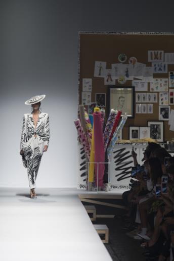 Sfilata MOSCHINO Collezione Donna Primavera Estate 2019 Milano - 1