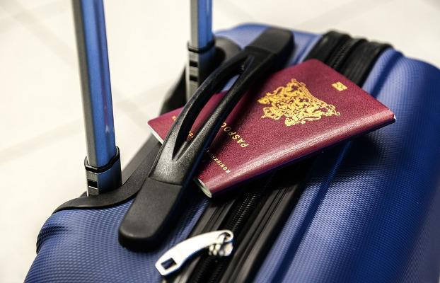 Passaporto su valigia