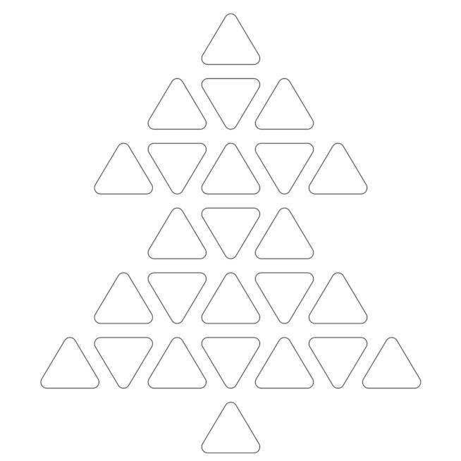 Albero di Natale geometrico formato da tanti triangoli