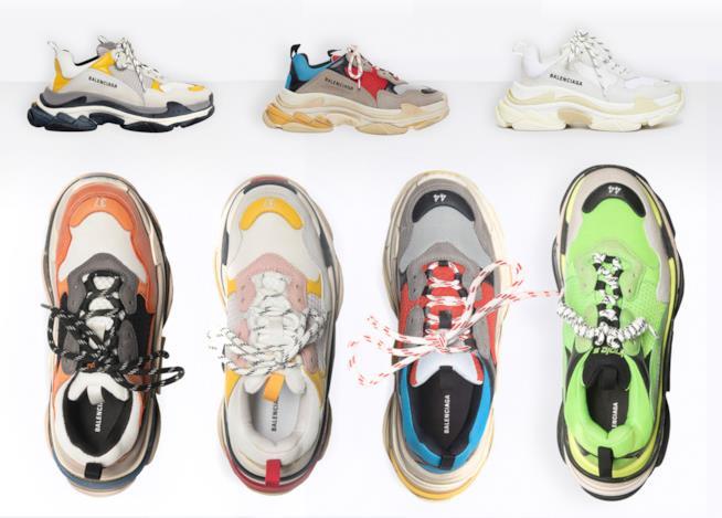Balenciaga Triple S  le sneakers di tendenza per l autunno 2018 Balenciaga 011f112ec77