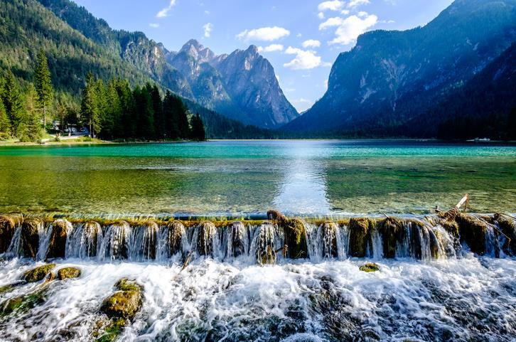 I fondali bassi del Lago di Dobbiaco
