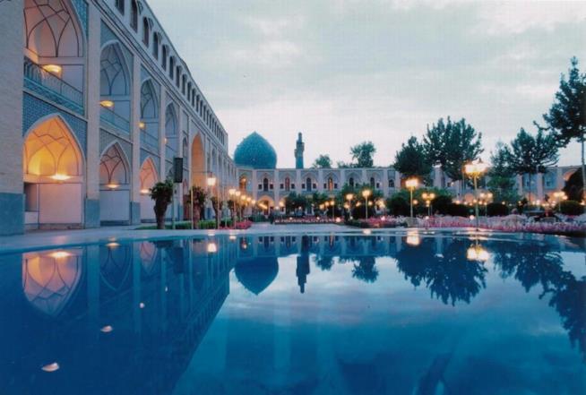 La piscina dell'Abbasi Hotel a Isfahan in Iran