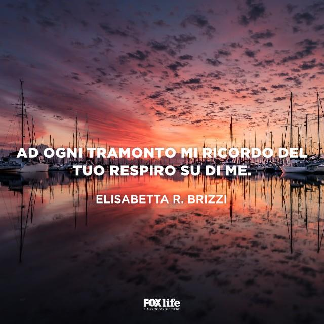 Barche al porto al tramonto