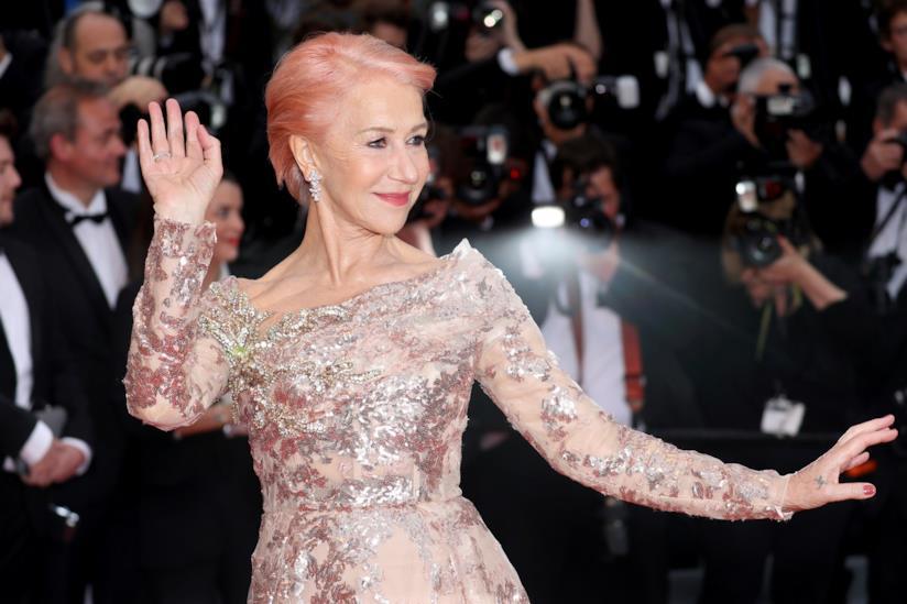 Helen Mirren coi capelli rosa