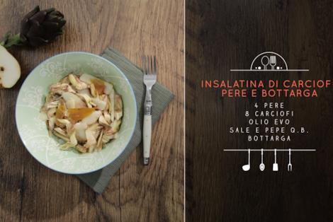 Piatto di insalatina di carciofi, pere e bottarga