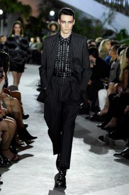Sfilata LOUIS VUITTON Collezione Donna Primavera Estate 2020 New York - Vuitton Resort PO RS20 0027