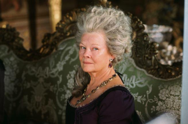 Lady Catherine è interpretata da Judi Dench nel film ispirato al libro di Jane Austen