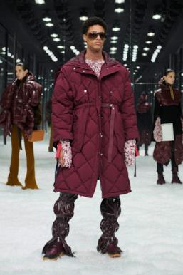 Sfilata MONCLER Collezione Donna Autunno Inverno 19/20 Milano - 50