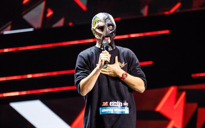 Alex Cliff il ragazzo con la maschera a X Factor 2018