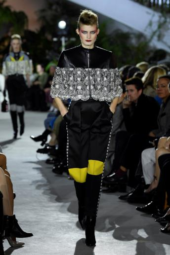 Sfilata LOUIS VUITTON Collezione Donna Primavera Estate 2020 New York - Vuitton Resort PO RS20 0005