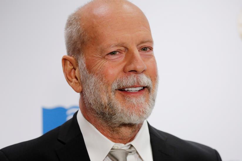 Bruce Willis in primo piano