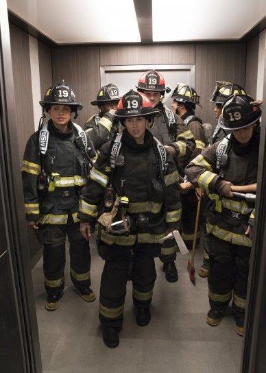 I pompieri di Station 19