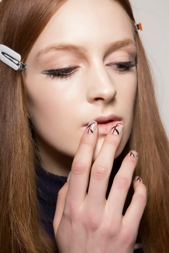 Nail art su unghie in gel