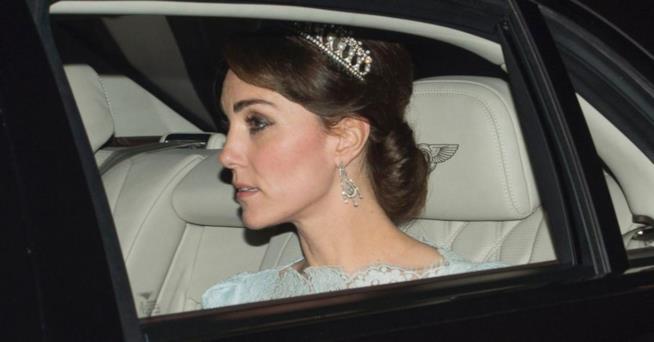 Kate Middleton alcuni giorni fa con la tiara di Lady Diana