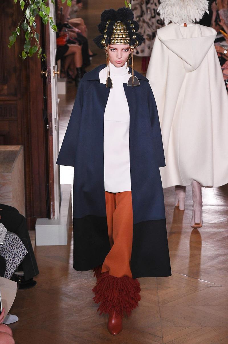 Sfilata VALENTINO Collezione Alta moda Autunno Inverno 19/20 Parigi - ISI_3612