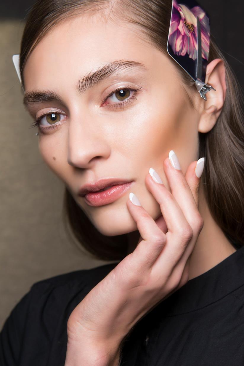 Come fare la manicure senza lima