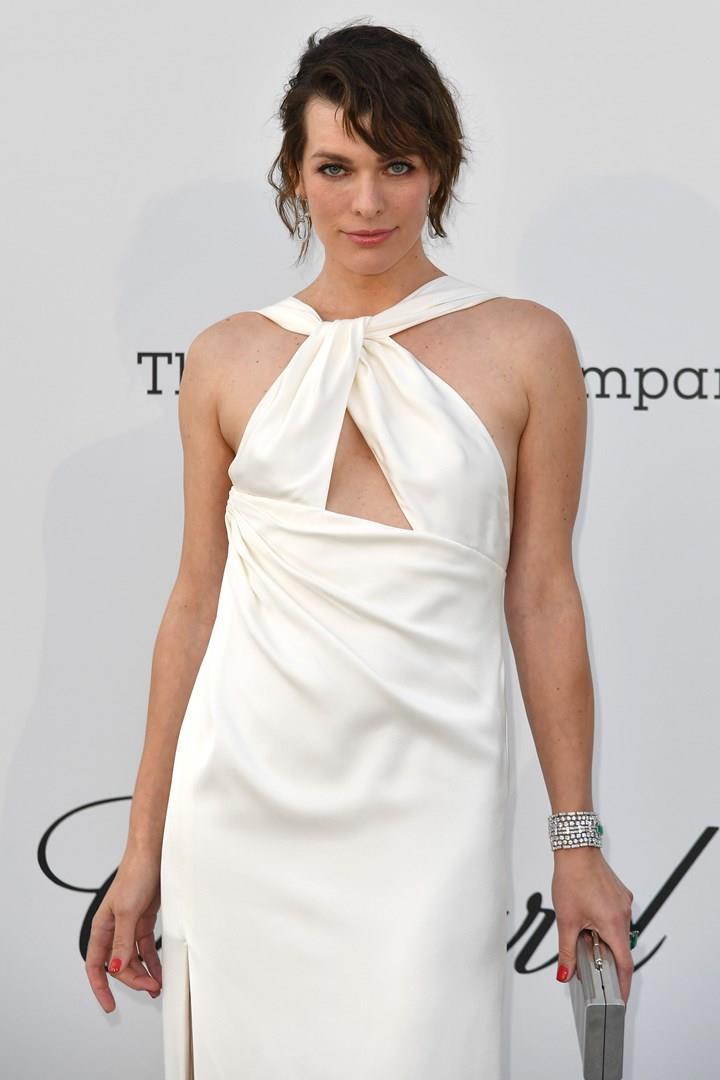 Milla Jovovich a Cannes 2019