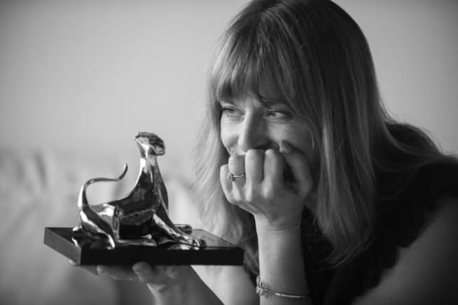 Nastassja Kinski osserva il Pardo d'Onore
