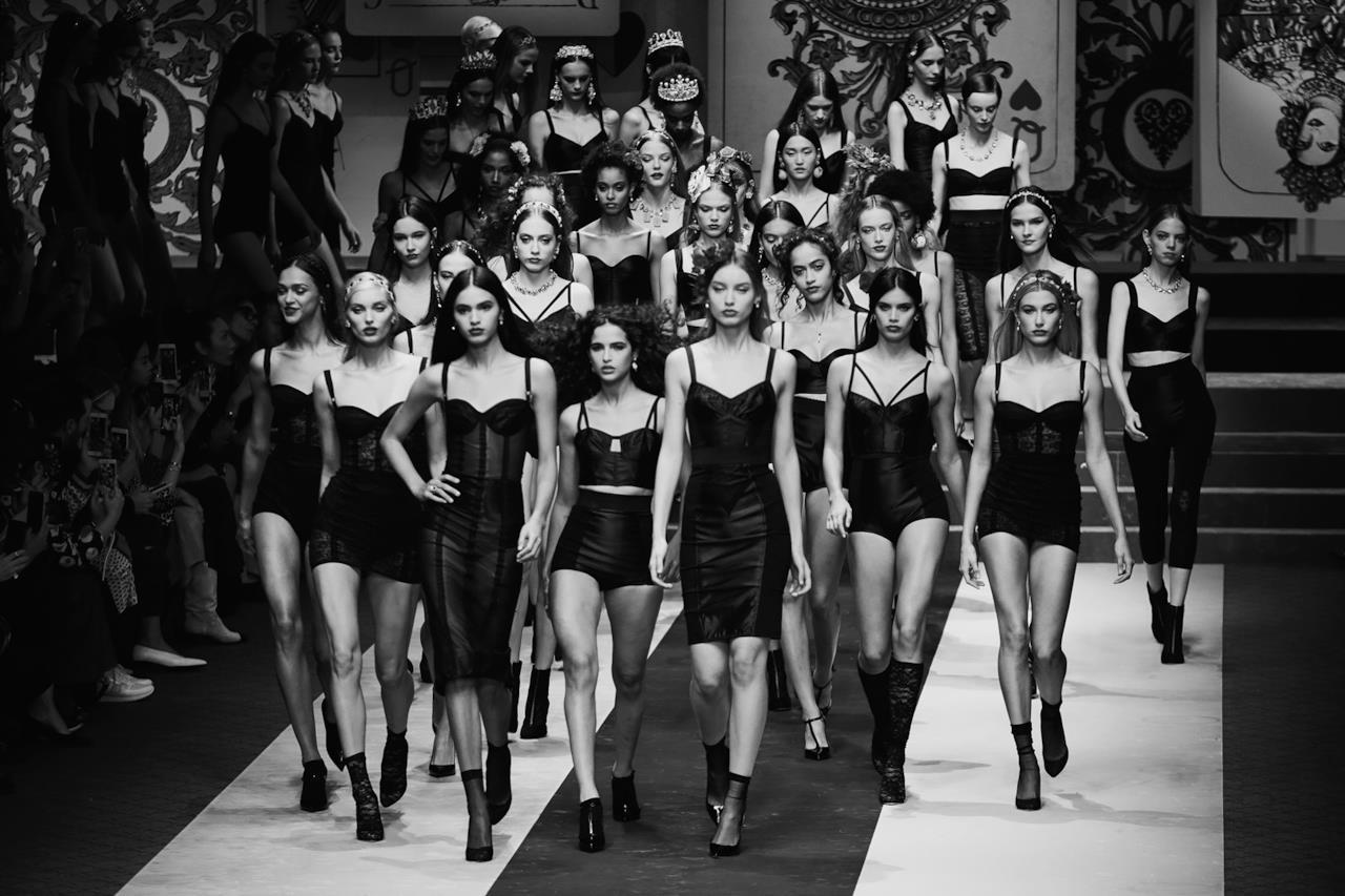 Il cast di modelle Dolce & Gabbana.