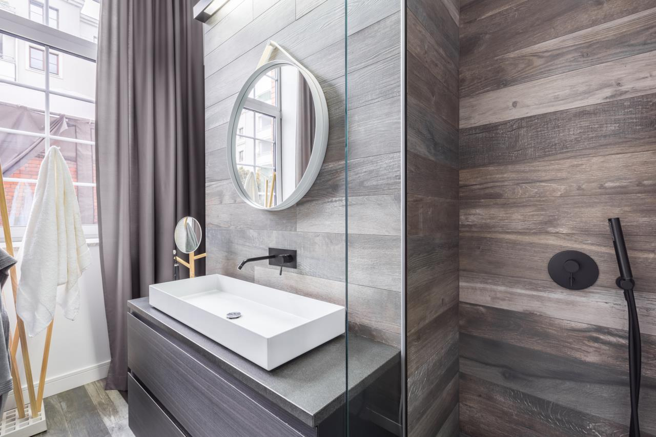 Come rivestire piastrelle bagno great prodotti piastrelle in gres