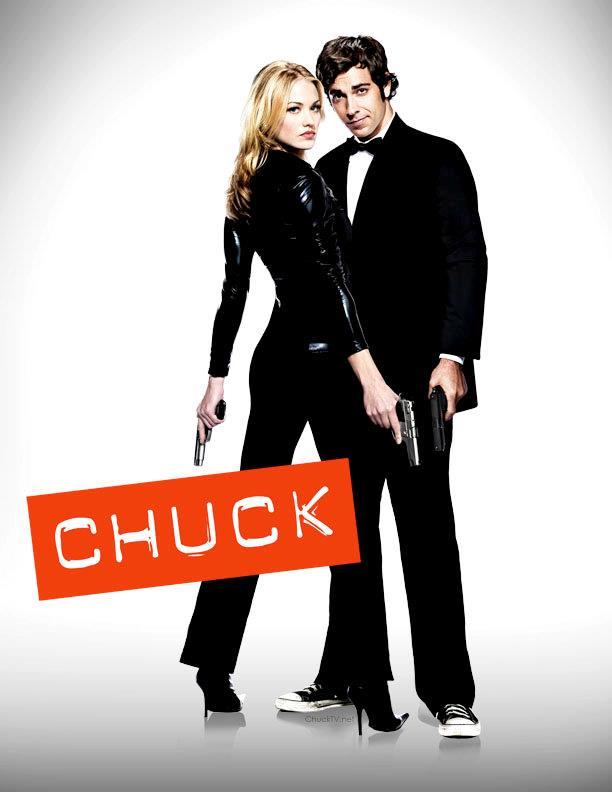 Zachary levi e Yvonne Strahovski in un poster di Chuck