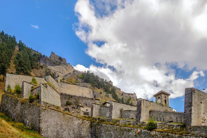 L'imponente struttura fortificata del Forte di Fenestrelle.