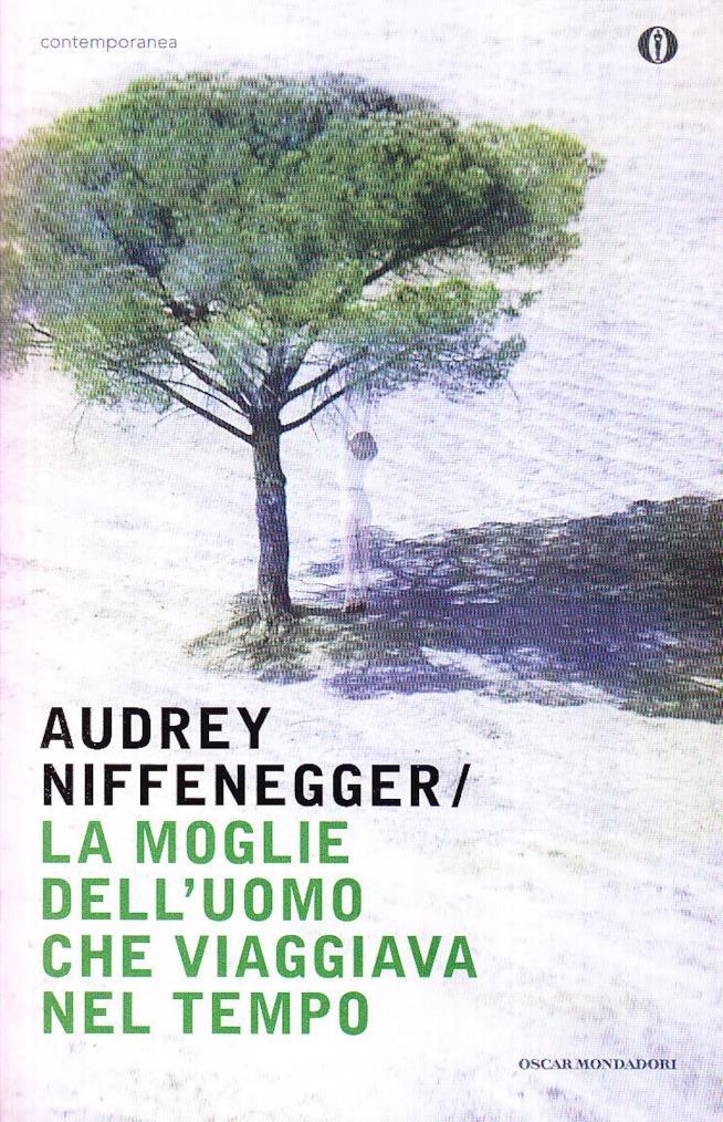 La copertina dell'edizione Oscar Mondadori del libro di Audrey Niffenger