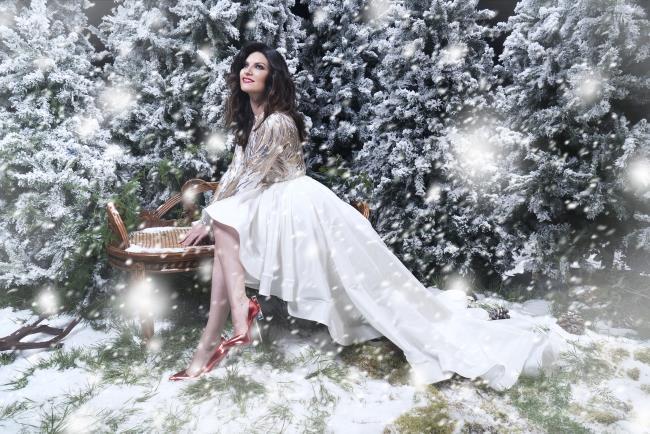 Laura Pausini pubblica Laura Xmas Deluxe