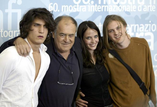 Bernardo Bertolucci con gli attori di The Dreamers, Louis Garrel, Eva Green e Michael Pitt