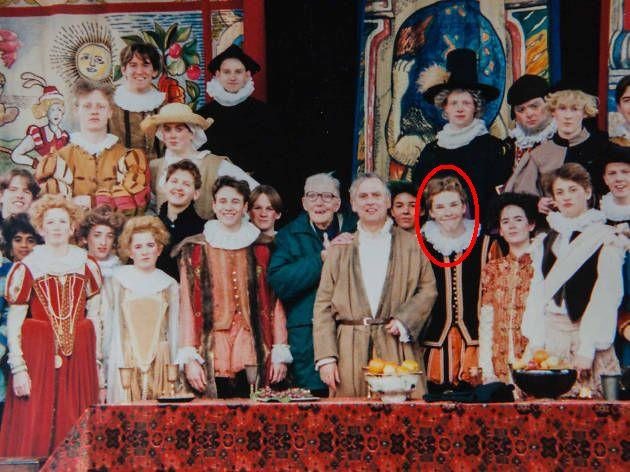 Un giovane Benedict Cumberbatch in una rappresentazione de La bisbetica domata al Globe